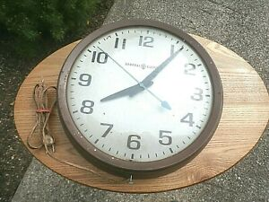 Vintage General Electric School House / Wall Clock Model # 2012 made in USA
