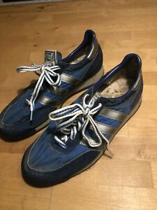 RARE Vintage Adidas TRX Size 5 1/2 Made in Taiwan Blue & White Gum Sole