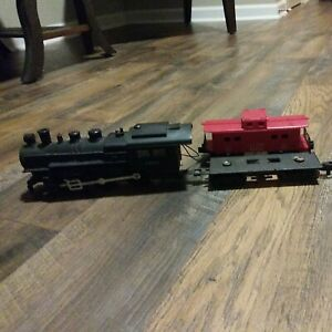 """American Flyer Casey Jones """"S"""" L2001 """"Game Train""""Locomotive &red freight caboose"""