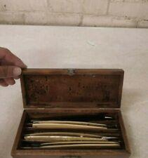 Vintage Wooden Hinged Lid ~ Straight Razor Storage Box w/ 4 Vintage Razors