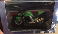 "DIE CAST SUPERBIKES  "" KAWASAKI Z1000 "" ATLAS  SCALA 1/24"