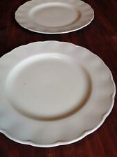 Fancy White Round Plates (set of 2)