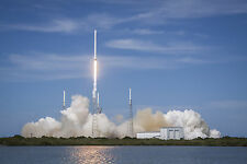 Photo -Launch of the Falcon 9 rocket carrying the SpaceX CRS-6 Dragon - #1