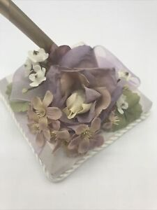 Beverly Clark Collection Penholder English Garden with Lavender Ribbon Gold Pen