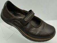 Earth Womans Shoe Size US 7 B Brown Mary Jane Flat slip On Shoe STF07