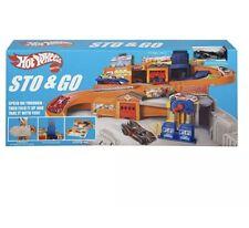 Mattel Hot Wheels Sto and Go Playset Nostalgic Retro Service Centre Portable