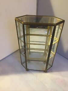VINTAGE BRASS & GLASS MIRROR BACK DISPLAY CABINET MINIATURES  CURIOS