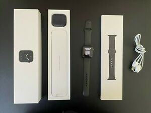 Apple Watch Series 5, 44mm, GPS + Cellular, Space Gray Aluminium Case
