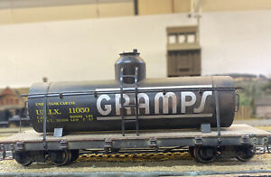 On30 Gramps Oil Tank Car Bachmann Spectrum. Lightly Weathered W/ Pan Pastels