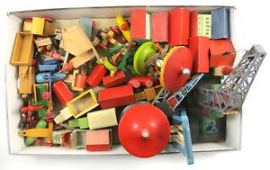 Antikes Spielzeug Holz Konvolut Erzgebirge Jahrmarkt Kran Häuser Fahrzeuge (E5)