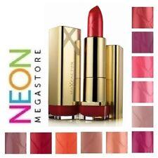 Maquillage des lèvres rouges Max Factor