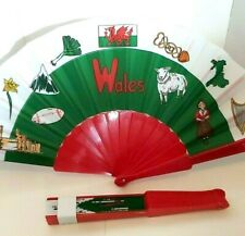WALES HAND FAN FOLDING SPANISH STYLE PATRIOTIC WELSH FLAG FABRIC PLASTIC UK HAND