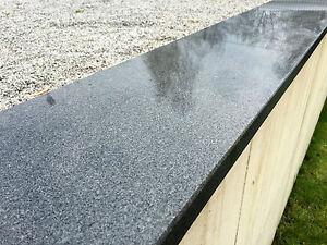 Mauerabdeckung Abdeckplatte Pfeilerabdeckung Granit Naturstein dunkel Stein hart