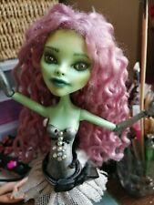 Muñeca Monster High repintado Amanita OOAK Custom única chica mítico
