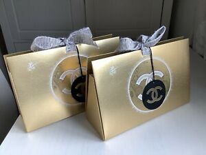 CHANEL LUXURY GOLD GIFT BAG ACCESSORY RIBBON X 2 BRAND NEW CHRISTMAS 2020
