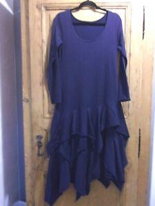 BORIS INDUSTRIES robe neuve T 2 ( voir dimensions)