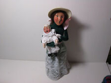 Byers Choice 1993 Mother's Day Victorian Woman in Green with Toddler