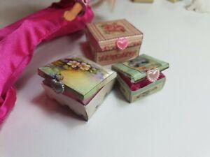 Miniaturas muñecas escala 1:6. Barbie o Blythe. Lote 3 cajas de regalo decoradas