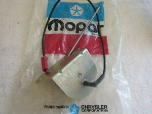 MOPAR NOS   V8 360-440 Holley Choke Thermostat #3698371  HOLLEY # 6416-2
