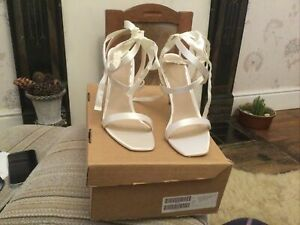 Asos Ladies Ivory Satin Heeled Sandals Size Uk 9 Brand New In Box