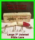 Vintage CREEK CHUB 3002 Jointed Husky Pikie Red White Fishing Lure w/ Box UNUSED