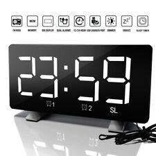 LED Wecker Digital Alarmwecker Funk Uhr Schlummerfunktion Snooze USB Tischuhr