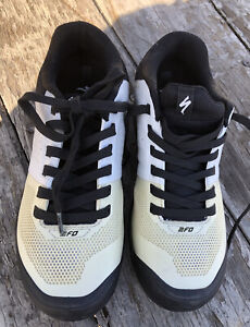 Specialized 2FO Road Cycle Shoes,Stiffness Index 6,white/Black.