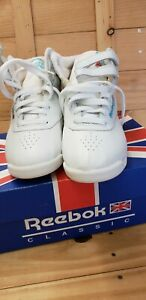 Reebok Women's Freestyle Hi Top Sneakers Size 6  White NOS