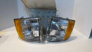DODGE RAM TRUCK CORNER LAMP 1994-2001 Pair Left & Right