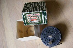 Vintage Pflueger GEM Single Action Fly Reel # 2094 in Box