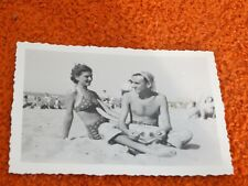 ancienne photo - pin up a la plage
