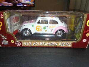Road Legends Flower Power 1967 Volkswagen Beetle Die Cast 1:18 #92079