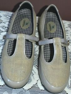 """AETREX Womens Taupe Patent Leather Gold Fleck T Bar Shoes 'JACKIE""""  Size EUR 37W"""