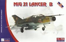 MiG-21 LANCER B /UPGRADED MiG-21 UM/ (ROMANIAN AF MKGS) 1/72 PARC