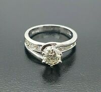 Ladies Diamond Ring 18ct White Gold Round Brilliant Cut Preloved VAL $3000