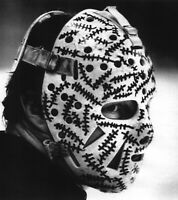 Gerry Cheevers Boston Bruins UNSIGNED 8x10 Photo The Mask