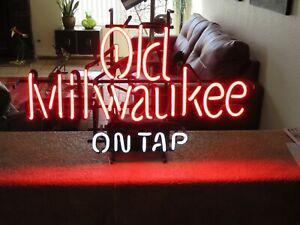 Vintage OLD MILWAUKEE ON TAP Neon Beer Sign