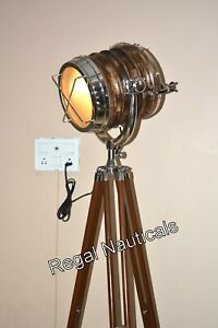 Hollywood decor studio floor search spot light/lamp with solid wooden tripod st.