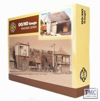 534 Ratio Stone Goods Shed (155mm x 170mm) OO Gauge Plastic Kit