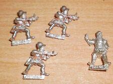 WARHAMMER FANTASY CITADEL 1980s 3 METAL BRETONNIAN RETAINERS & 1 GUNNER