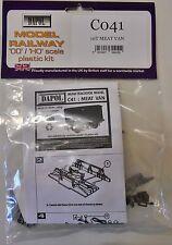 Dapol C41. 10T Meat Van- Plastic Kit. (00) Railway Model