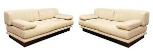 Contemporary Modern Pair of Saporiti Italian Leather Sofas Loveseats 1980s