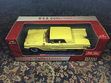 Sun Star 1960 Ford Thunderbird Hard Top 1:18 scale diecast NEW Yellow w/Box