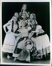 1970 Photo Actor The Danzas Venezuela Venezuelan Dancers St Petersburg 8X10