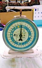 Vintage Baby Scale 1950s E03