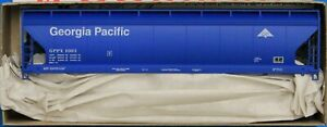 HO Scale - ACCURAIL 81373 GEORGIA PACIFIC  3 - Bay ACF Covered Hopper - KIT