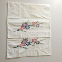Vtg Embroidered Pillowcase Pink Flowers Floral Edge 70's Pair Set Cotton