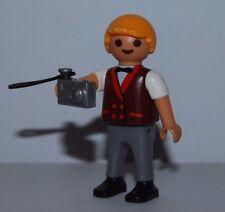 PLAYMOBIL BOY PHOTOGRAPHER WITH A DIGITAL CAMERA - 7