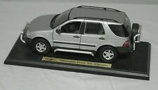MERCEDES-BENZ ML 320 SUV MAISTO 1:18 DIE CAST MODEL CAR NEW FACTORY BOXED