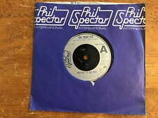 """THE RONETTES-WALKING IN THE RAIN/I WONDER 7""""45 PHIL SPECTOR INT.LOOKS & PLAYS EX"""
